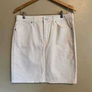 Universal Thread | White Denim Skirt | 12